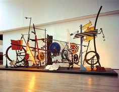 Jean Tinguely Jean Tinguely, Yves Klein, Modern Sculpture, Sculpture Art, Lee Bontecou, Drawing Machine, Classical Realism, Alberto Giacometti, Kinetic Art