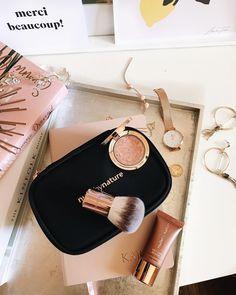 The perfect little gift set for all your bronzing needs - how cute is this mini kabuki brush? @nudebynature . . . . . . . . . . #nudebynature #bronzer #giftset #christmasgift #giftguide #christmasgiftguide #makeupset #makeup #bblogger #bbloggerau #beautyblogger #beautybloggers #thedailyedited #tde #westelm #danielwellington #samanthawills #pandora #pandorabracelet #kinfolk Reposted Via @thechicndamned