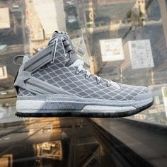 The adidas Basketball Rose 6 is now at #KidsFootLocker for the first time and marks the latest addition to Derrick Rose's signature line of kicks with adidas. #GOBIG