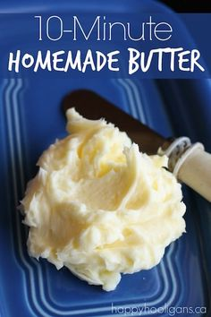 Homemade Butter - The best butter you'll ever taste! Pour cream into a jar, and shake, shake, shake. You'll have delicious, creamy homemade butter in minutes. A classic kids' science experiment that all ages will love. Baby Food Recipes, Cooking Recipes, Cooking Tips, Vegan Recipes, Family Recipes, Food Styling, Comida Diy, Good Food, Yummy Food