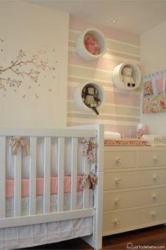 berço bebê cômoda trocador bebê brancos