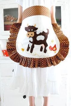 Cow apron...I want this!!!