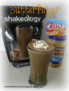Butterfinger Shake: 1 cup almond or skim milk - 1 cup water 1 scoop chocolate Shakeology 1 TBS natural peanut butter 1 TBS sugar-free Jell-O pudding, butterscotch flavor ice, optional Protein Shake Recipes, Smoothie Recipes, Protein Shakes, Protein Smoothies, Fruit Smoothies, 21 Day Fix, Shakeology Shakes, Buy Shakeology, Best Shakeology Recipes