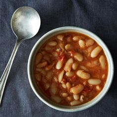 Brothy, Garlicky Beans - Vegetable Recipes for Kids Bean Recipes, Soup Recipes, Cooking Recipes, Healthy Recipes, Meatless Recipes, Cooking Time, Korma, Biryani, Green Soup