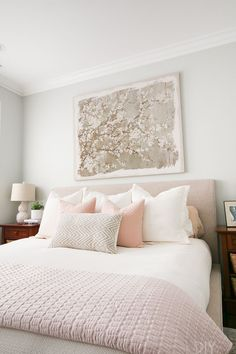 Look at this cozy bedroom space! Love the white duvet, the decorative pillow fro. Look at this cozy bedroom space! Love the white duvet, the decorative pillow from HomeGoods, and the upholstered bed to really elevate the look (Sponsored Pin) Serene Bedroom, Feminine Bedroom, Cozy Bedroom, Bedroom Apartment, Home Decor Bedroom, Modern Bedroom, Bedroom Ideas, Master Bedroom, Blush Bedroom Decor