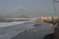 Las Palmas hat uns richtig gut gefallen und es ist das Gesamtpaket, das sie zu bieten hat.....weiter unter: http://welt-sehenerleben.de/Archive/4227/las-palmas-kanarische-metropole-mit-traumstand/ #Kanaren #GranCanaria #Reisen #Urlaub #LasPalmas #Strand #Sonne #Meer