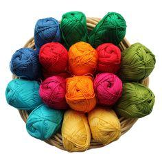 Alles über den Babydecke Crochet Along - http://schoenstricken.de/2013/10/regenbogen-babydecke-crochet-along-faq/