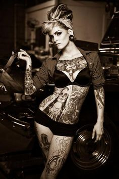 Mod Girls: 54 Pin Ups tatuadas