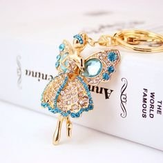 Lucky Angel Wings Elves Crystal Rhinestone Keyrings Key Chains Holder Women Gift Fashion Novelty Keychains K244