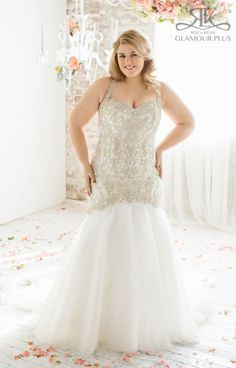 Roz La Kelin Wedding Dress