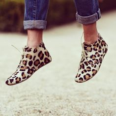 This shoes on today's post have you already voted? Round 2 of the blogger battle has started and I need your help just to vote for me and you make chance to win a pair of @Ayik Maruti Footwear gimlets vote for me here at http://goo.gl/xbvt5z - @preppyfashionist- #webstagram