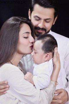 Family Pictures of Bilal Qureshi and Uroosa Qureshi | Style.Pk