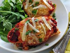 Get Chicken Parmesan French Breads Recipe from Food Network Entree Recipes, Beef Recipes, Chicken Recipes, Cooking Recipes, Chicken Meals, Family Recipes, Breaded Chicken Parmesan, Homemade French Bread, Pillsbury Recipes