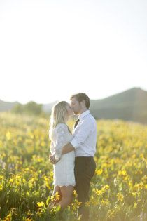 engagement picture - pose, setting, outfit?