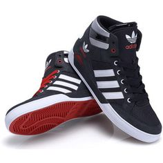 adidas hardcourt Hi bei Foot Locker - WeLoveSneaker Fashion Boots, Sneakers Fashion, Mens Fashion, Cheap Fashion, Me Too Shoes, Men's Shoes, Shoes Sneakers, Adidas Shoes, Adidas Men