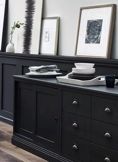 Neptune Chawton - Sideboard Base Cabinets - Kitchen / Dining room dresser painted in Ink Hallway Sideboard, Dining Room Dresser, Black Sideboard, Painted Sideboard, Sideboard Cabinet, Sideboard Ideas, Living Room White, Kitchen Shelves, Elegant Homes