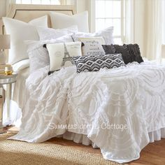 BLISSFUL COTTAGE WHITE RUFFLES FRENCH MARKET QUEEN BEDDING