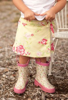 So Stink'n Cute! Wrap around skirt!