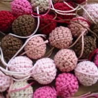 Baby Knitting Pattern Crochet beads Instructions: Crochet beautiful beads yourself Loom Knitting Projects, Baby Knitting Patterns, Knitting Blogs, Crochet Projects, Crochet Patterns, Crochet Diy, Love Crochet, Crochet Gifts, Crochet Flowers