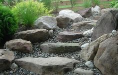 How to enhance your yard through stone steps and pathways . Stone Landscaping, Hillside Landscaping, Landscaping With Rocks, Landscaping Ideas, Outdoor Stone Steps, Stepping Stone Pathway, Stone Pathways, Walkways, Rock Steps