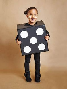 These costumes are faster than the lineup at the party store and easier than one of those fancy pumpkin-carving stencils. All you'll need is a spare afternoon (and a mini chocolate bar or two.) Diy Halloween, Boxing Halloween Costume, Halloween Costumes Kids Homemade, Halloween Horror, Halloween House, Halloween 2017, Halloween Stuff, Todays Parent, Crochet Christmas Decorations
