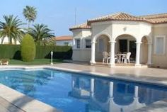 Tres belle villa avec piscine privee et situe proce de la plage http://www.locationvillaespagne.com/denia/acaju/