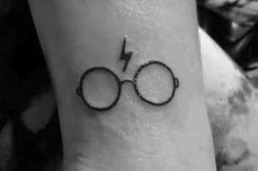 106 Beautiful Simple and Subtle Tattoos – Design Bump