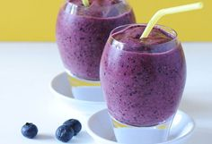 Smoothies that aid in weight loss ...Kristin's Fruity Smoothie...1 frozen banana  1 cup of frozen peach slices  1/4 cup of frozen blueberries  1/2 cup of non-fat yogurt  1 tablespoon of vanilla soy protein (optional)  1 tablespoon of water  Put all of the ingredients into the blender and blend until smooth