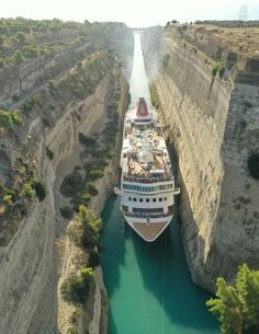 Places Around The World, Around The Worlds, Corinth Canal, Greece Travel, Greece Trip, Athens, Travel Inspiration, The Good Place, Greece