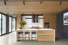 Completed in 2017 in Brighton, Australia. Images by Tom Roe Photography. A modern bluestone clad family home on a corner site in Brighton, Australia. The Quarry house balances strong exterior form with seamlessly. Kitchen Design, Home Remodeling, Interior, House, Kitchen Trends, Home Decor, Minimalist Interior, House Interior, Terrazzo Flooring