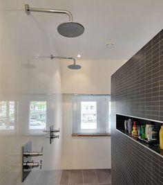 Moderne badkamer met praktische indeling | Inrichting-huis.com
