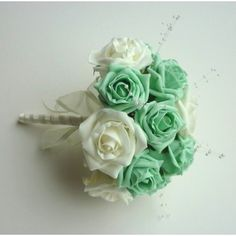 In a lavender and mint wedding, mint style bouquet for the Maid of Honor