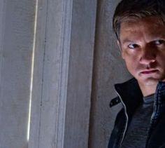 """""""Das Bourne Vermächtnis"""" - Kino-Tipp - Im ersten """"Bourne""""-Film ohne Matt Damon beschließt CIA-Mann Eric Byer, das Programm """"Outcome"""" zu eliminieren - mitsamt Agent Aaron Cross (Jeremy Renner)."""