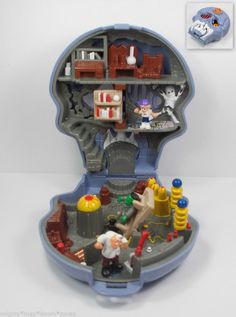 Mighty Max Skull Dungeon (Micro Figure Play Set) (Boys Polly Pocket) (16)