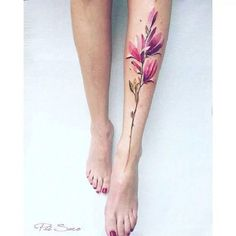 The Lower Leg Piece. If you are the one love to wear those short sexy dresses, the magnolia flower leg piece will surely enhance your charm.