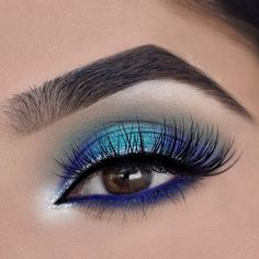 Isn't this just BLUETIFUL?!  P R O D U C T S U S E D: @bhcosmetics Ultimate Brow Palette @morphebrushes Jaclyn Hill Palette by @jaclynhill @urbandecaycosmetics Heavy Metal Glitter Eyeliner in Glam Rock @motivescosmetics LBD Gel Liner @lorealmakeup Silkissime Eyeliner in Cobalt Blue @hudabeauty lashes in Farah from @shophudabeauty