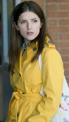 Anna Kendrick as Stephanie Smothers in A Simple Favor Anna Kendrick, Pictures Of Anna, Brittany Snow, Sarah Shahi, Kellan Lutz, Jennette Mccurdy, Elizabeth Gillies, Taylor Lautner, Phoebe Tonkin