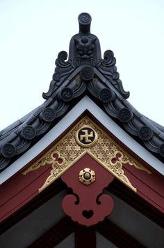 Sensoji Temple detail, Asakusa district of Tokyo Copyright: Andy Valadka