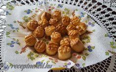 Bögrés vajas pogácsa recept Lakatos Marianna konyhájából - Receptneked.hu Garlic, Vegetables, Food, Cooking, Essen, Vegetable Recipes, Meals, Yemek, Veggies