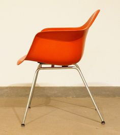 We wouldn't mind having some bright orange Eames chairs here at the #WDET #Detroit studios!