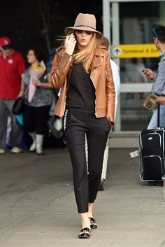 black cropped pants + black tee + cognac jacket + black flats