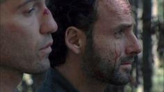 Intense scene from latest episode of The Walking Dead.
