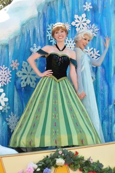 Anna in her Coronation Dress yay disney <3 I was so hoping they had one.