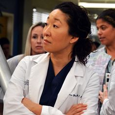 Couple Greys Anatomy part 1 Cristina Yang, Meredith E Cristina, Meredith And Christina, Anatomy Grey, Anatomy App, Greys Anatomy Memes, Pretty Little Liars, Torres Grey's Anatomy, Grey's Anatomy Doctors