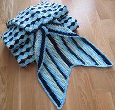 Couverture sirène taille adulte bleu fait main au crochet