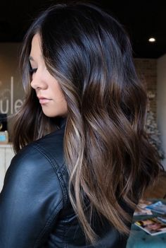 Medium Brunette Hair, Dark Brunette Hair, Dark Hair, Hair Medium, Brown Hair Balayage, Hair Highlights, Color Highlights, Cheveux Ombré Hair, Ombre Hair Color For Brunettes