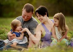 summer family photography poses - Google Search