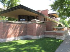Frederick C. Robie House. Chicago, Illinois. 1910. Prairie Style. Frank Lloyd Wright