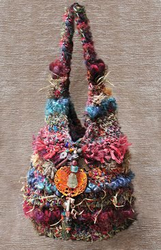 For Inspiration - Bird's Nest Crochet Roving Bags. Funky bags made from fun fibers: recycled sari silk, banana silk, bamboo, twine, wool roving and novelty fibers. Crochet Shell Stitch, Single Crochet Stitch, Crochet Stitches, Crochet Patterns, Knitting Patterns, Crochet Handbags, Crochet Purses, Crochet Bags, Freeform Crochet