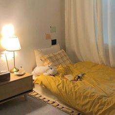 Room Design Bedroom, Small Room Bedroom, Room Ideas Bedroom, Bedroom Decor, Korean Bedroom Ideas, Bedroom Inspo, Ideas Decorar Habitacion, Yellow Room Decor, Pastel Room